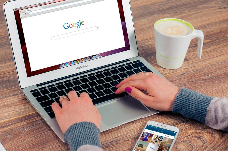 SEO vs SEM Google Browser